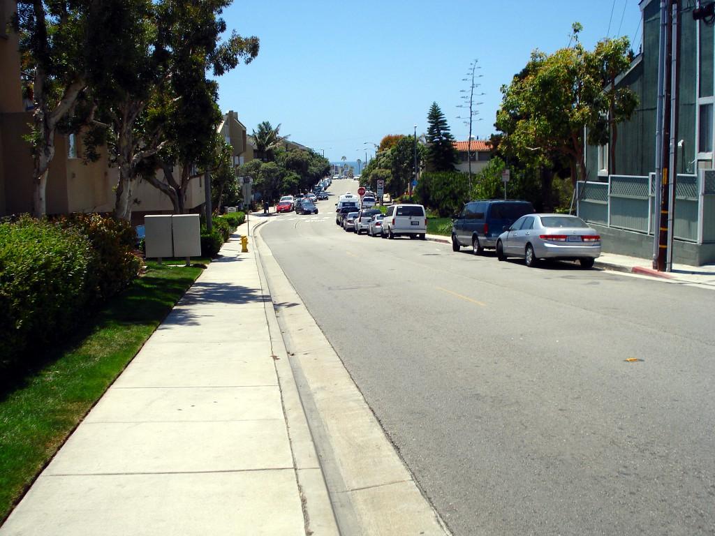 2nd Street in Hermosa Beach, Los Angeles
