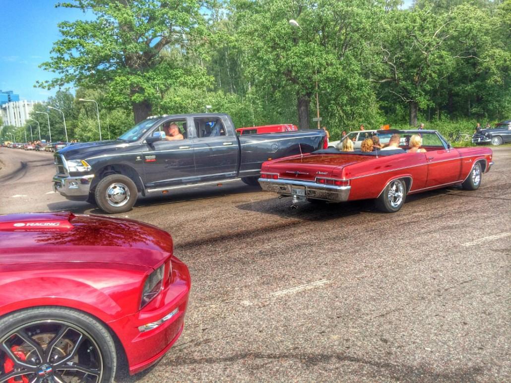 Mustang + RAM + Cheva
