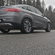Mercedes-Benz-GLE-Coupe-2016-04-09_Rear-Right-Side-Ground-Up