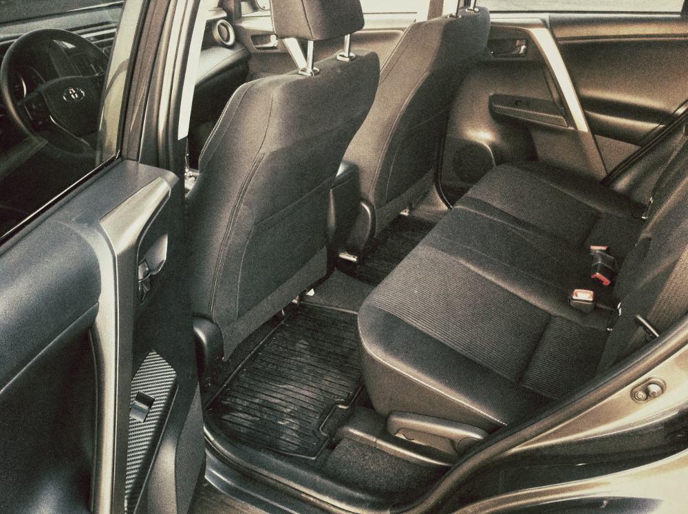 2013 Toyota RAV4 Interior Rear Seat