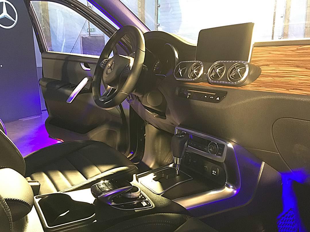 Mercedes Benz X klass Interior