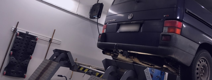 Besiktning av Volkswagen T4 Caravelle VR6